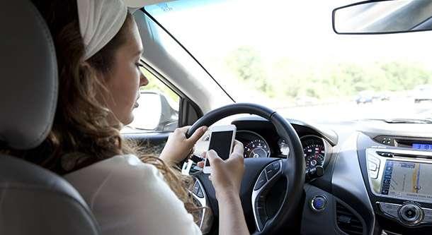 AAA reveals top driving distractions for teens as '100 Deadliest Days' begin