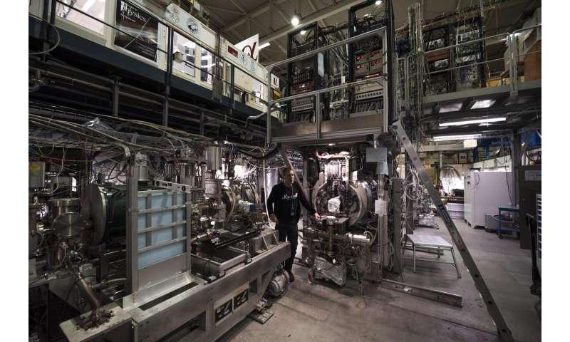 ALPHA observes light spectrum of antimatter for first time