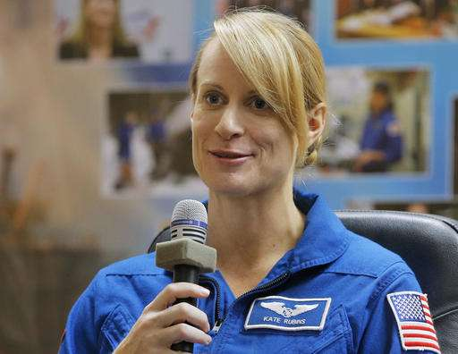 Astronaut describes career detour to US health director