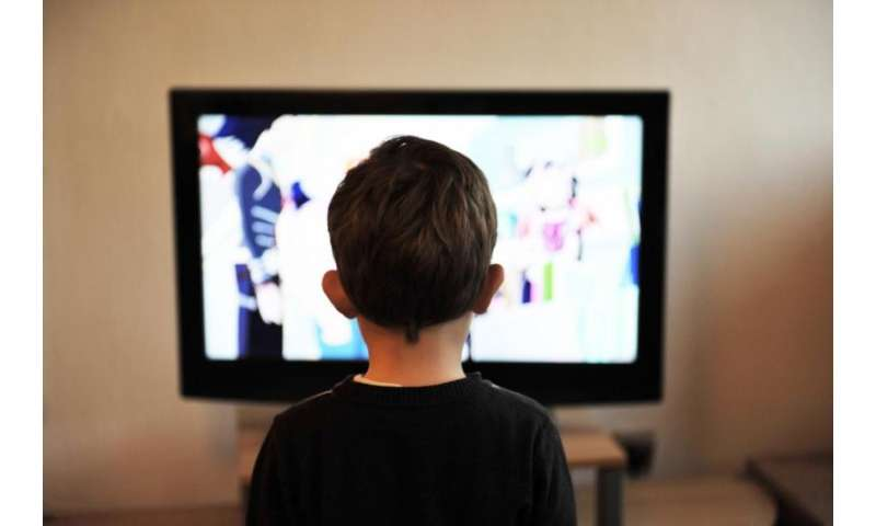 A study warns of Spanish children's overexposure to 'junk food' ads on TV