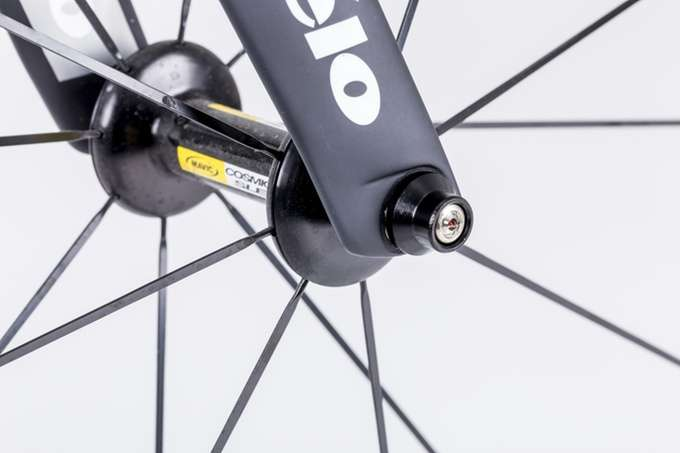 Bike thieves, don't even try it: Hexlox locked into bolt