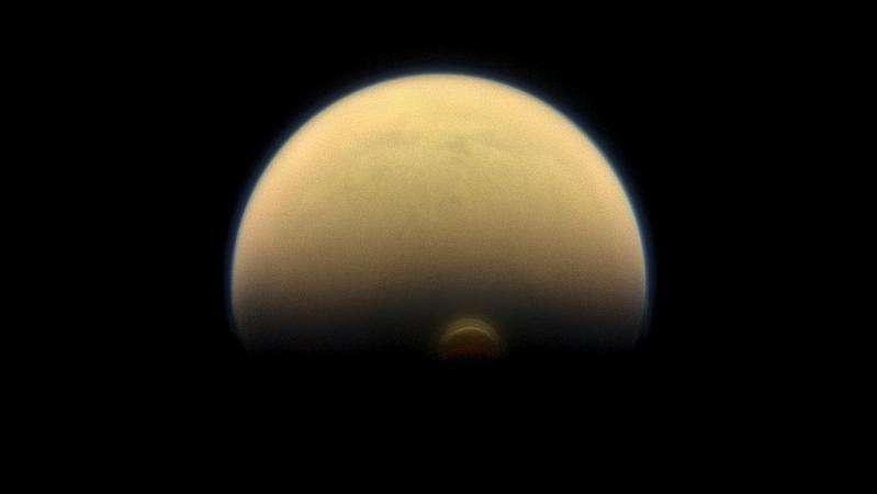 Cassini sees dramatic seasonal changes on Titan