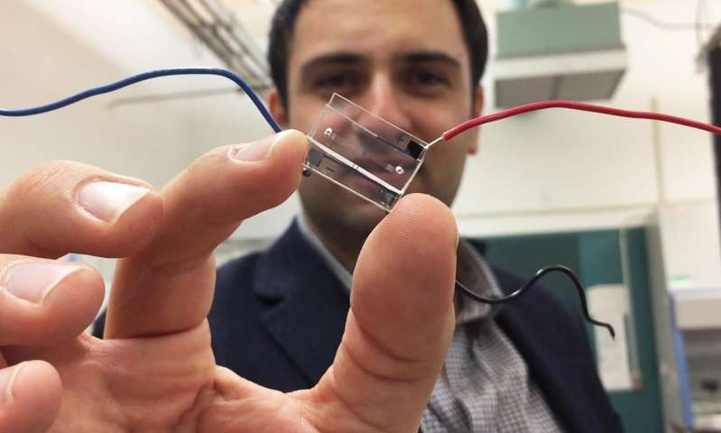 Cellphone principles help microfluidic chip digitize information on living cells