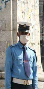 Cloth masks offer poor protection against air pollution