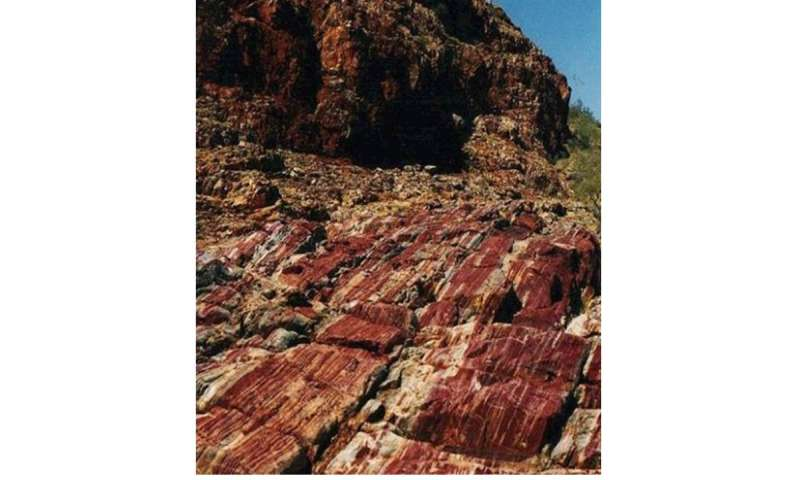 Clues to ancient giant asteroid found in Australia