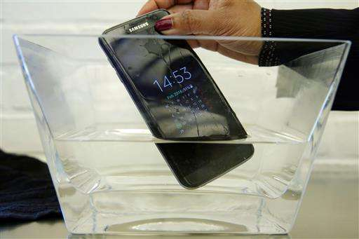 Consumer Reports: Samsung phone not actually water resistant