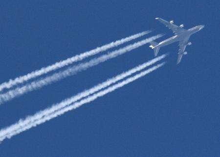 Dirt detector could slash airplane emissions