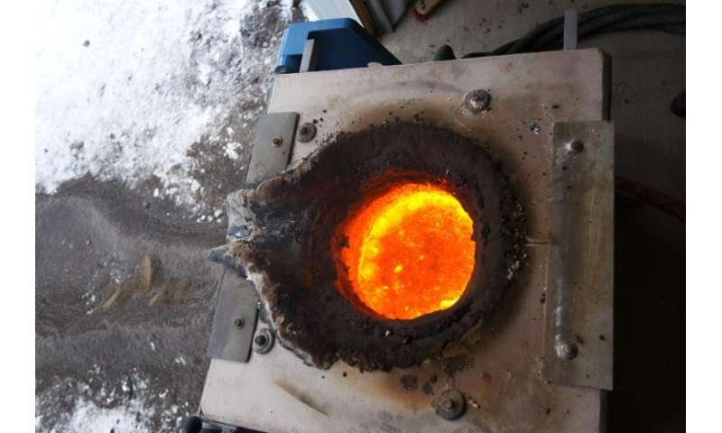 Geologists make their own lava to prep for explosive experiments