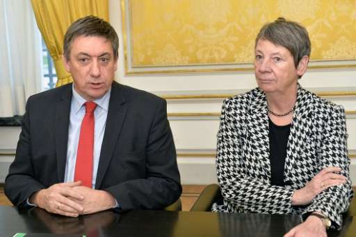 Germany's Environment Minister Barbara Hendricks (R), seen with Belgium's Interior Minister Jan Jambon in Brussels on February 1