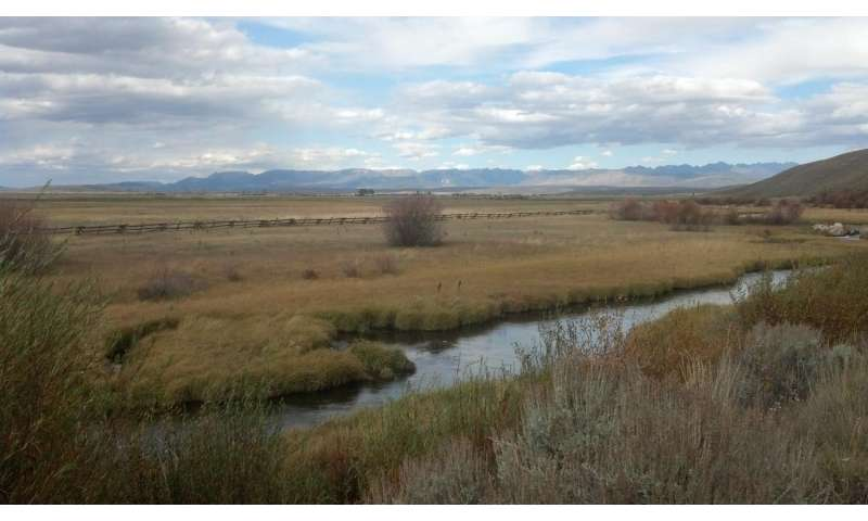 Groundwater discharge to upper Colorado River Basin varies in response to drought
