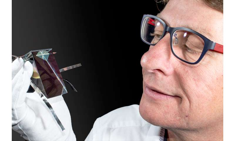 How efficient can solar cells be? UNSW nudges closer to physical limits
