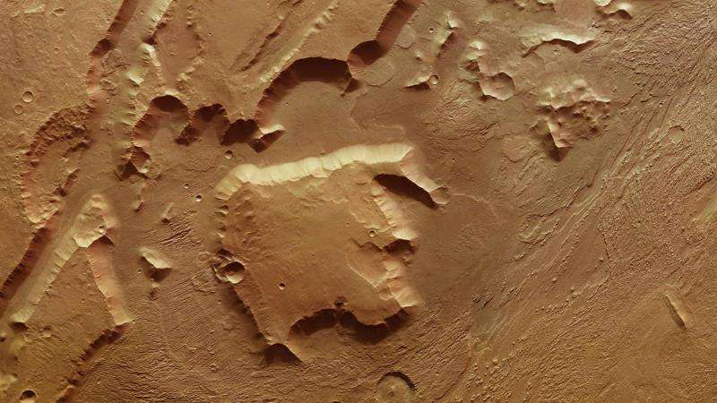 Image: Aeolis Mensae on Mars shows evidence of past tectonic activity