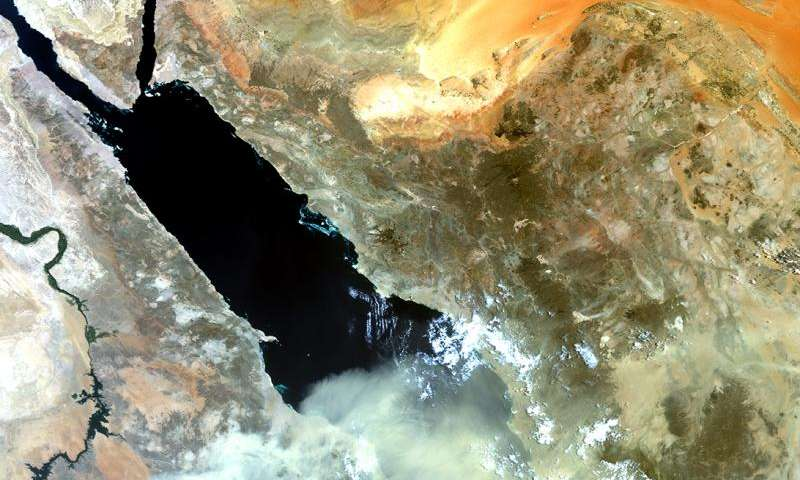 Image: Dust storm over the Red Sea