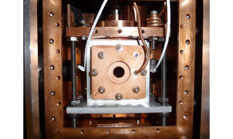 JILA extends laser 'combing' method to identify large, complex molecules