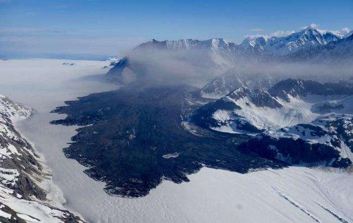Massive landslide detected in Glacier Bay's fragile mountains
