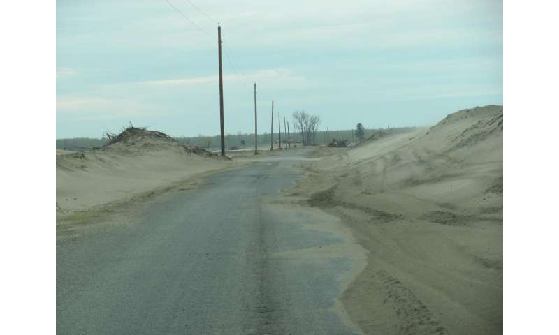 Mississippi River could leave farmland stranded