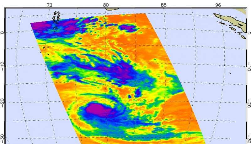 NASA infrared imagery shows wind shear affecting Tropical Cyclone Uriah