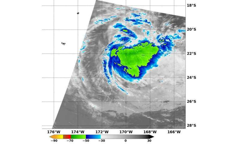 NASA sees cloud top temperatures warming in Cyclone Victor