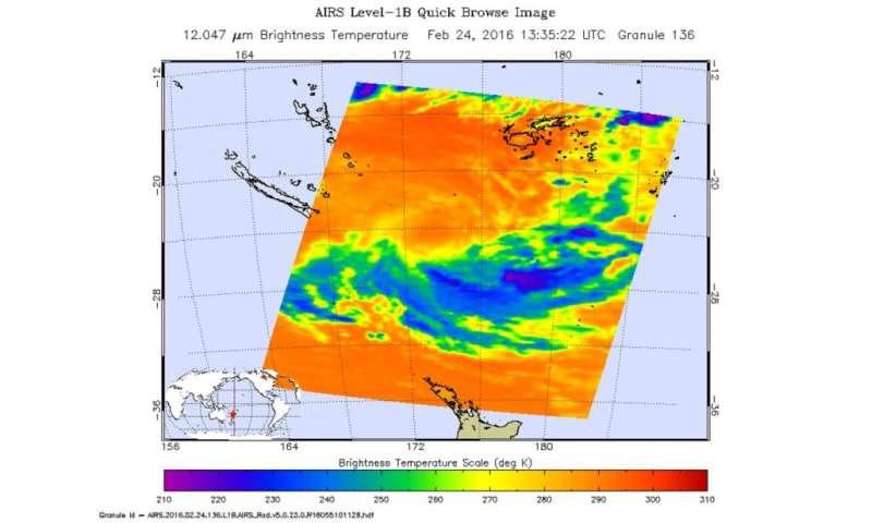 NASA sees strong vertical wind shear battering a weaker winston