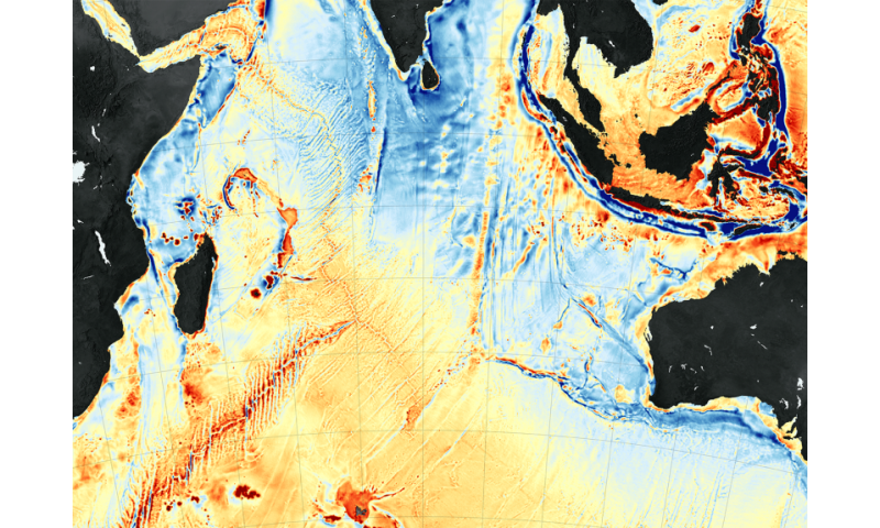 New seafloor map helps scientists find new features