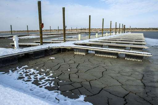 Officials to tour Utah's drought-stricken Great Salt Lake