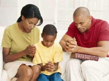 Parents, listen up: Children keep still during prayer