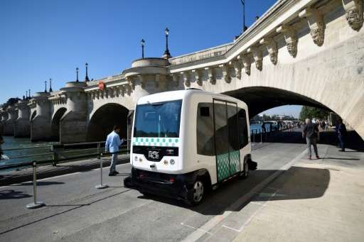 Paris's transport authority carries out its first test of a driverless minibus on September 24, 2016