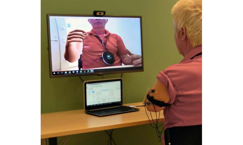 Phantom movements in augmented reality helps patients with intractable phantom limb pain