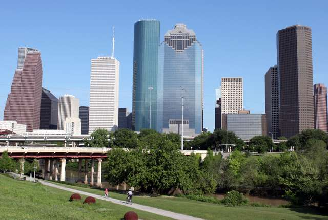 Report identifies promising practices to help disconnected young adults in Houston