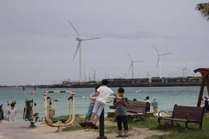 Research targets conflict over wind farming and renewable energy in Korea