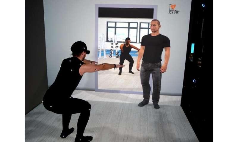 Smart Physical Training in Virtual Reality