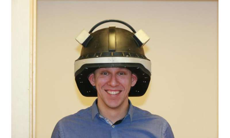 """""""Star Wars"""" helmet for detecting concussion"""