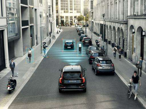 Tech may help steer older drivers down a safer road
