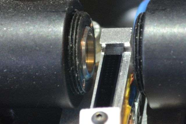 Tiny optical frequency clock measures time accurately to 270 quintillionths of a second