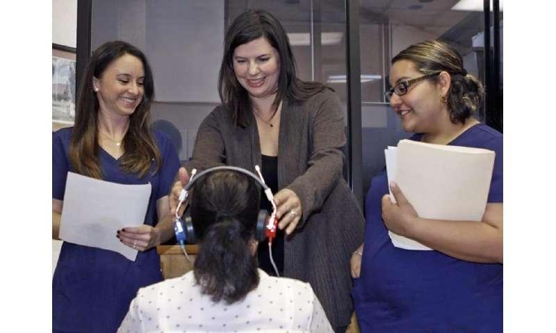 UTEP professor shows that hearing aids improve memory, speech
