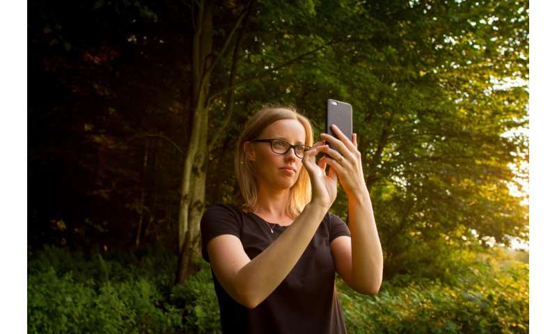 What's nature worth? Count the selfies