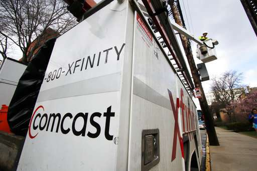 Comcast's cable customers tumble as cord-cutting picks up