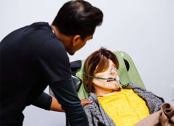 High-tech mannequin lets students practice end-of-life talks