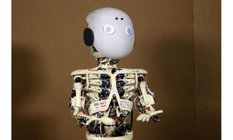 Live interactions with robots increase their perceived human likeness