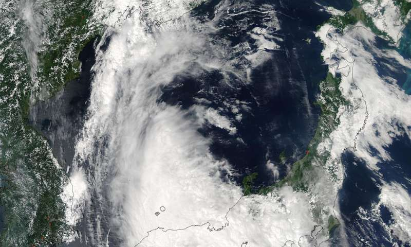NASA sees Typhoon Noru over southern Japan