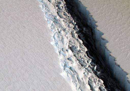 Scientists watch growing Antarctic crack but aren't alarmed