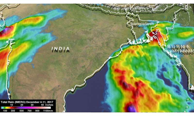 NASA analyzes short-lived Bay of Bengal cyclone