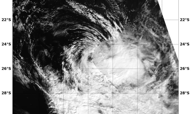 NASA sees Tropical Cyclone cook strongly affected by wind shear