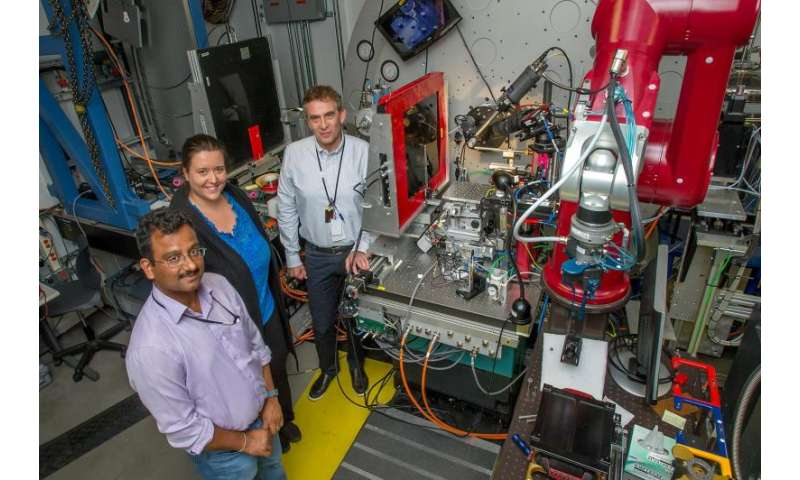 Scientists find new method to control electronic properties of nanocrystals