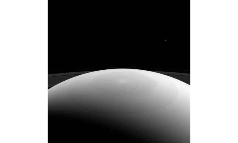 Image: Saturn's north pole