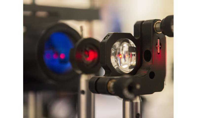 Infrared links could simplify data center communications