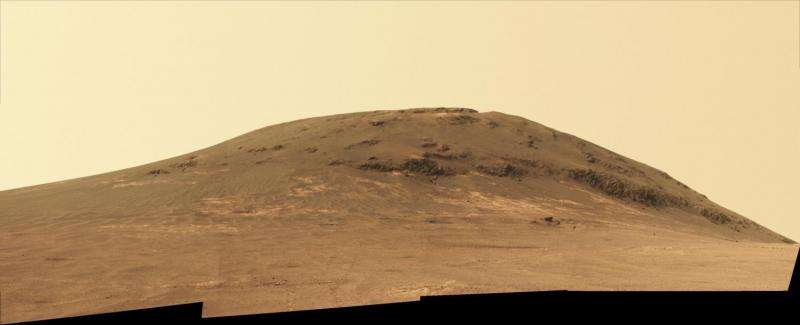 Mars rover Opportunity begins study of ancient valley's origin