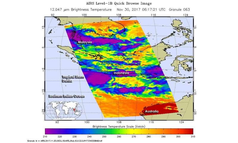 NASA finds newly formed Tropical Storm Dahlia battling wind shear