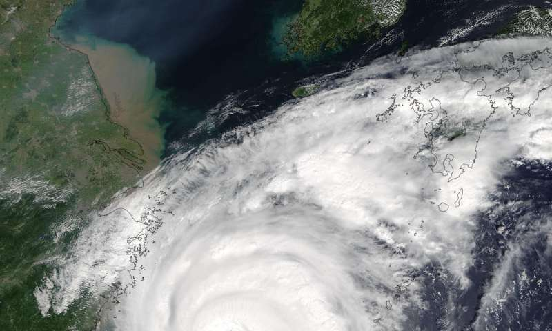 NASA's Terra satellite spies Typhoon Talim's large eye