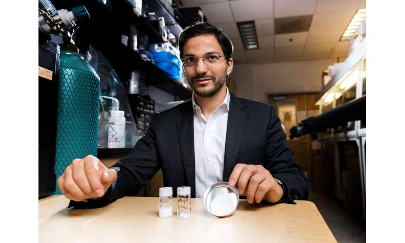 New low-cost technique converts bulk alloys to oxide nanowires